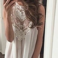 White Victorian Style Sleeveless Sheer Lace High Neck Halter Boho Doilies Mini Dress with Scalloped Hem