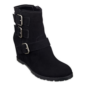 Unisa® Territory Wedge Womens Booties