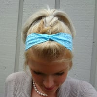 Light blue twist stretch lace headband - feminine - romantic - classic