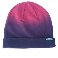 Amped Apparel Slouch Beanie in Red