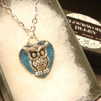 Small Owl Heart  Necklace -Blue Glitter Background (2259)