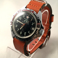 "VINTAGE USSR Military men's Vostok ""Komandirskie"" TANK watch.This Soviet watch comes with new leather band. see pics!"