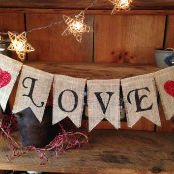 Love Bunting, Valentines Day Bunting, Wedding Bunting, Valentines Day Garland, Valentines Pennant, Be Mine Bunting, Baby Shower Bunting