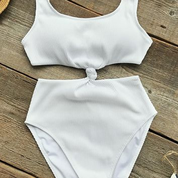 Cupshe Hazy Beauty Solid One-piece Swimsuit