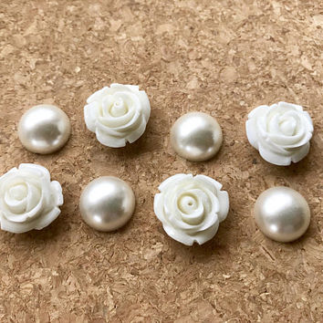 8 Magnets Or Pushpins, White Flower Magnets or Pushpins, Pearl Flower Magnets Or Thumbtacks, Pearl Magnets, Decorative Magnet