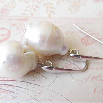 White baroque pearl earrings with drops, italian sterling silver 925, bridal jewelry, wedding jewellery, Made in Italy