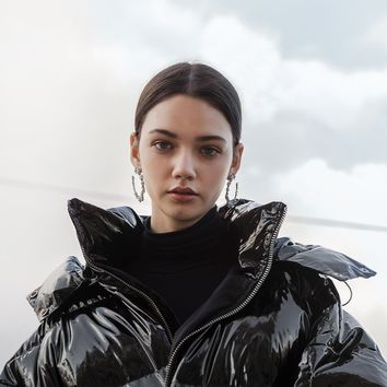 SHINY BLACK OVERSIZE PUFFY COAT