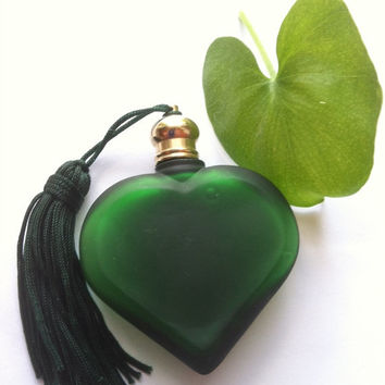 Vintage Green Satin Glass Heart Perfume Bottle, Heart Perfume Bottle, Green Perfume Bottle, Wedding Gift, Romantic Gift, Anniversary Gift