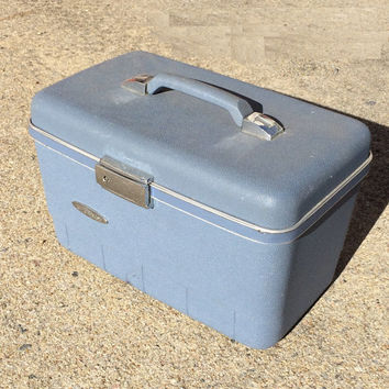 Vintage Sears Forecast Blue Vanity Train Case Travel and  Makeup Case Vintage Luggage Hard Plastic