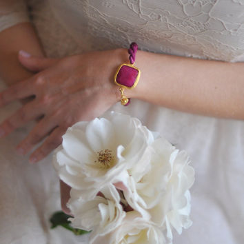 valentine day jewelry light large stone gemstone handmade bracelet gold bright   fuchsia  pink natural silk israel jewelry