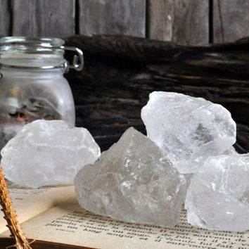Raw natural clear quartz chunk / Large quartz crystal piece / Healing stone / Crystals / Reiki / Wicca / New Age / LCHCLEARQUARTZ