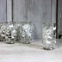 vintage drinking glasses // set of 6 mid century tumblers // white flowers butterfly gold rim // vintage kitchen