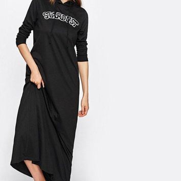 Embroidered Patch Detail Maxi Hoodie Dress Black Pockets Appliques Sweatshirt Dress Long Sleeve A Line Dress
