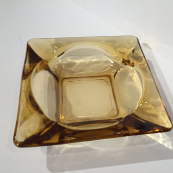 Vintage Green Glass Ashtray,Yellow Glass Ashtray 1950s 1960s Emerald Green Ashtray, Mid Century Modern Square Green Glass Ashtray