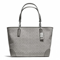 madison east/west tote in needlepoint op art fabric