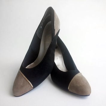 Sexy Vintage Suede Pumps by Selby
