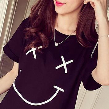 Kiwi Women 2016 New Girl Students Femme Summer Tops T-shirt Cute Smile Face Printed Tumblr Summer Black White Harajuku T shirt