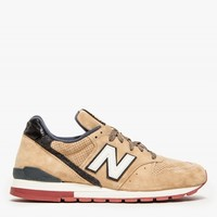 New Balance 996 in Tan