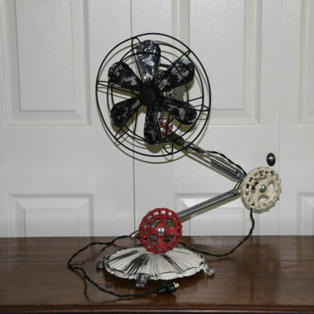 Steampunk Oscillating Articulating Arm Fan - Vintage  - Industrial Oscillating FanTable Lamp Style