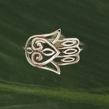Hamsa Heart Filigree Ring