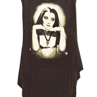 The Munsters Lily Ivonne De Carlo HI-LOW Hem Top