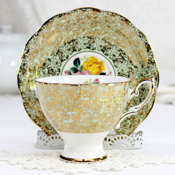 Royal Standard Chintz Teacup and Saucer, Green wit Gilt Chintz, English Tea Cup  12456