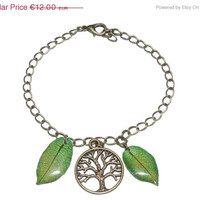 BLACK FRIDAY SALE Tree of life and pressed flowers bracelet, Real bougainvillea jewelry, pressed petal in resin, green boho accessories, vi