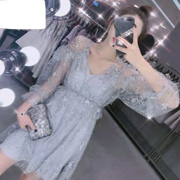 Short Prom Dresses Gray Bling Gown Long Sleeve V-neck Formal Sequined Evening Gowns