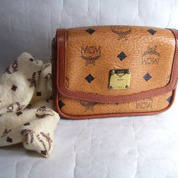 Authentic Vintage MCM Munchen Monogram Leather Fashion Designer Mini Make Up Clutch Bag