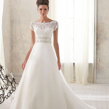 Luxury custom new style 2015 Lace appliques scoop neckline short sleeves a line wedding dress vestidos de noiva