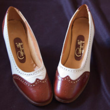 Vintage Pappagallo Brown and White Spectator Designer Wooden Heeled Shoes, Size 7