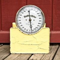 Health O Meter Yellow Cast Iron Scale, Industrial Decor, Excellent Condition, Works