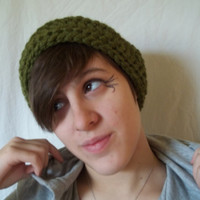 Green hand crocheted headband, stylish women's hand crocheted green ear warmers, extra thick yarn
