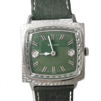 1950s Bulova Watch RARE TV Screen Case, Green Dial and Beveled Crystal 17J Unisex Timepiece