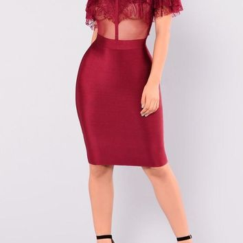 Red Patchwork Lace Grenadine Cascading Ruffle Round Neck Midi Dress