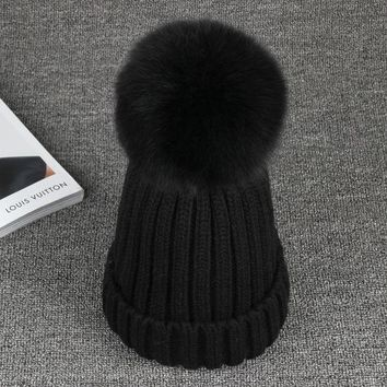 LMF9GW Brand 15Cm Real Fox Fur Pom Poms Winter Hats Thickens For Girls  Warm Casual Knitted Women  Hat Female Skullies Beanies