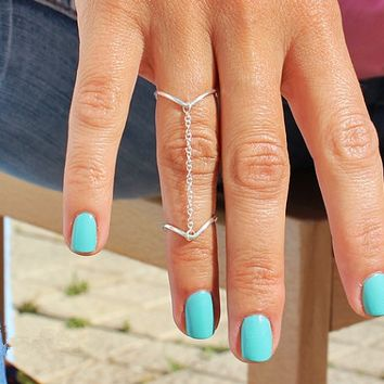 V- Shaped Chained Ring