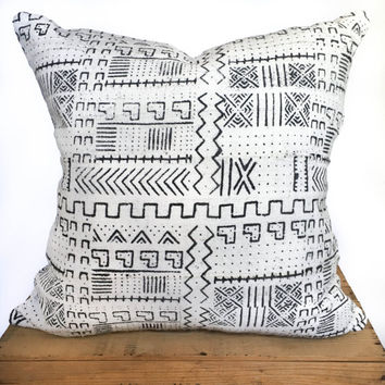 20 Inch White African Mud Cloth Pillow Cover, African Mudcloth Pillow