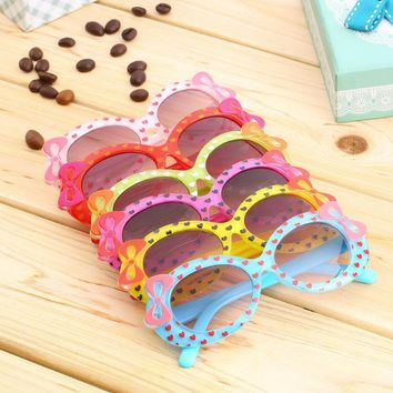 Kids Sunglasses Fashion Casual Multicolor Cat Eye Bow Design Heart Print Children's Glasses Spectacles Beach Glassess