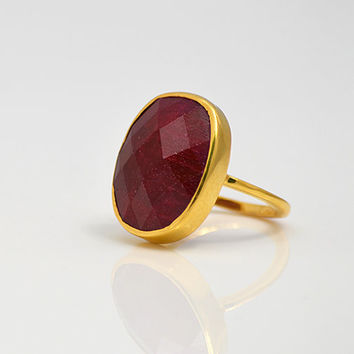 Large Faceted Ruby Vermeil Gold oval stacking bezel set ring - July Birthstone