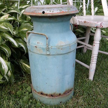 Antique Milk Can, Vintage Shabby Chic Blue Painted Rusty Steel Rustic  Farmhouse Decor