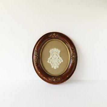 Antique Victorian Oval Picture Frame Gesso Over Wood, 19th Century Picture Frame