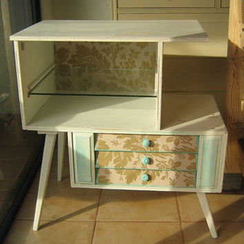 Vintage chest of drawers ,shabby chic furniture ,refurbished ,distressed furniture ,retro furniture ,white ,creme ,light green ,brown