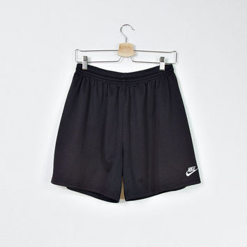 SALE 30 % OFF - 90s NIKE Black Mesh Shorts/ Nike Basketball Athletic Apparel/ Unisex Nike Sportswear/ Size S-M