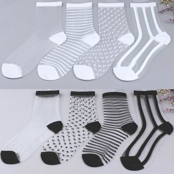 COCOTEKK 2 Pair/lot Hot Sale Hipster Ladies Sexy Lace Mesh Fishnet Socks Transparent Elasticity Ankle Net Yarn Thin Women Socks