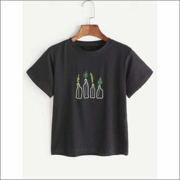 White Plant Embroidery T-shirt