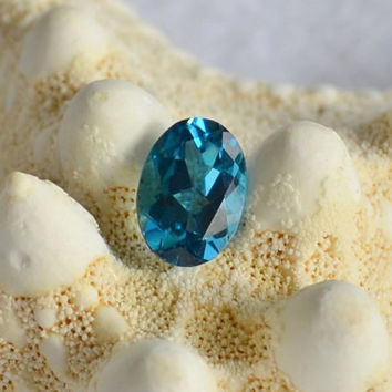 Blue topaz, topaz cabochon, loose gemstones, semi precious stones,blue gemstone, faceted gemstone, jewelry supplies, jewelry design,blue gem