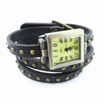 Fashion Punk  Adjustable Leather Wristband Cuff Bracelet  - Great for Men, Women, Teens, Boys, Girls 2739s
