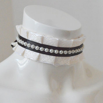 Steampunk choker - Nobleborn -  white black and beige - costume cosplay - lolita steam punk larp alternative romentic princess clothing