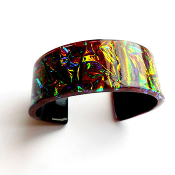 Vintage Foil Lucite Cuff Bracelet Bangle Confetti Shimmer Layered Acrylic Plastic Burgundy Red Black